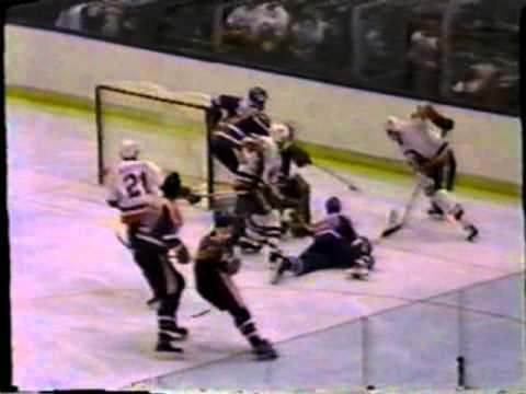 Islanders Defeat Oilers in 1984 Stanley Cup Final Game 2