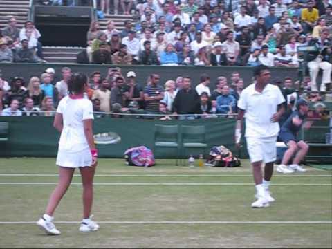 Sania Mirza & Mahesh Bhupathi   Wimbledon 2009