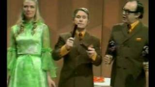 Morecambe and Wise - Banana Boat Song