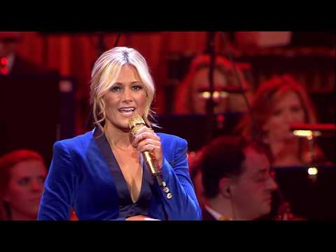 Helene Fischer - Santa Claus Is Coming To Town