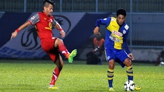 Highlight Arema Cronus Vs Barito Putera 1-0 | QNB League | 7 April 2015