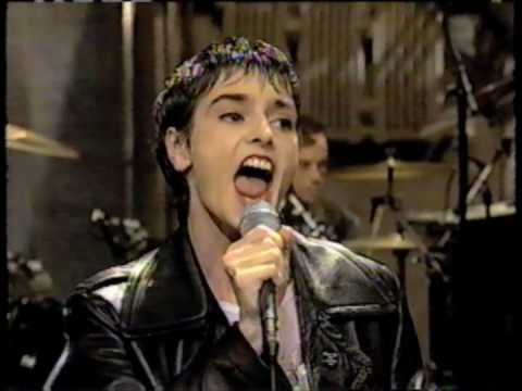 Sinead O'Connor on The Late Show with David Letterman (10/31/94)
