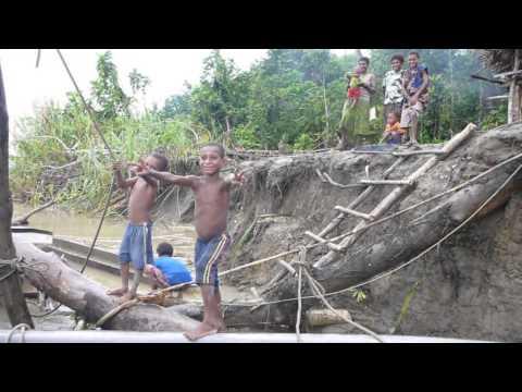 Fishing Papua New Guinea - Purari River fauna survey