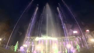 Танцующий фонтан в Туле (Шоу фонтанов на площади Ленина)