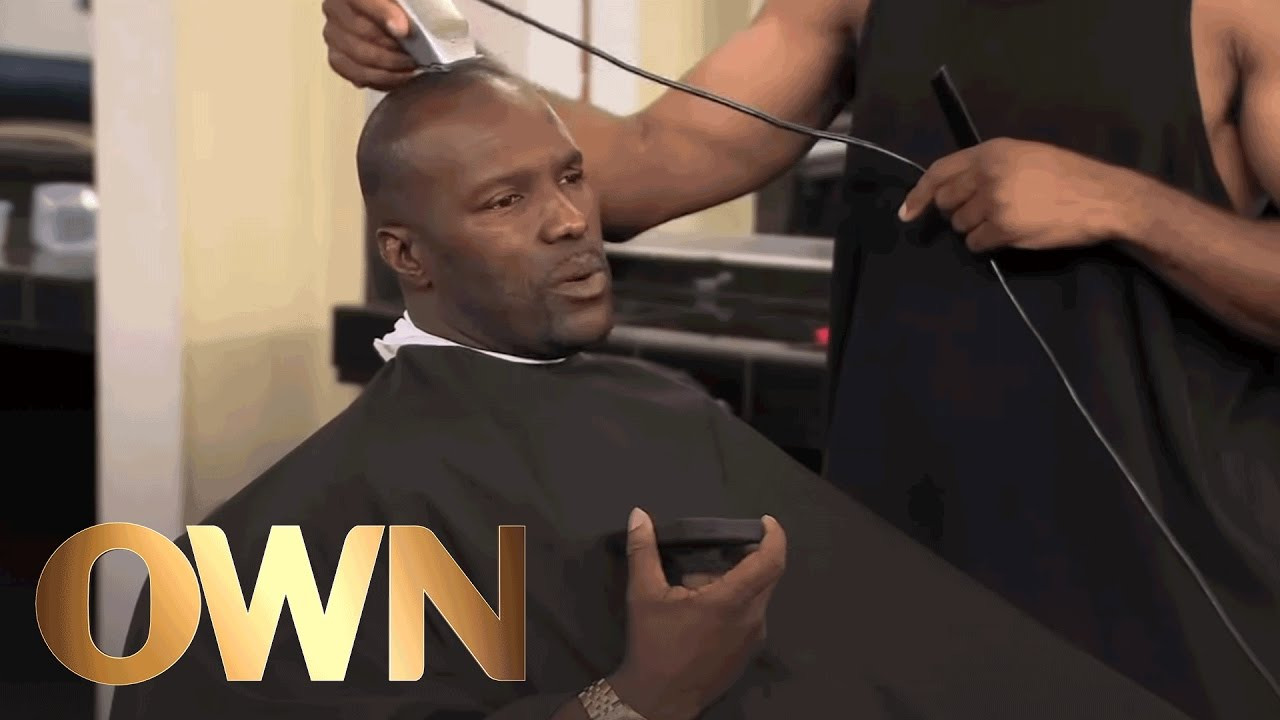 Jay Is Embarrassed at the Barber Shop | Mom's Got Game ...