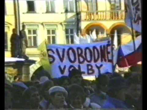 TV zpravodajství z roku 1998 (vzpomínka na listopad 1989)
