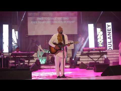Todd Dulaney - FREE WORSHIPPER (Live ) at Harvest Praise 2017 (Ghana)