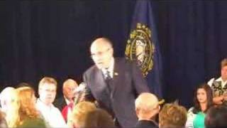 Mayor Rudy Giuliani meets a medical marijuana patient--10/3 Thumbnail