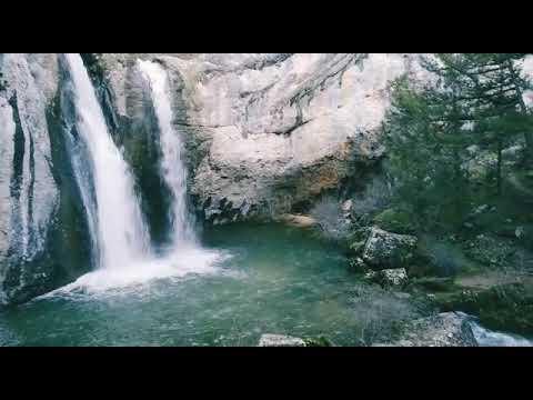 La cascada de La Fuentona muestra su fuerza