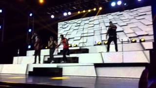 Backstreet Boys In A World Like This Tour - The One & Love Somebody Live