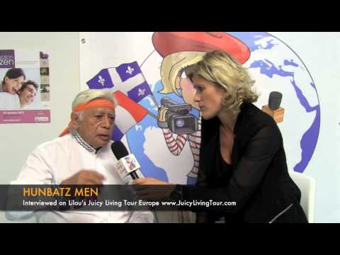 Hunbatz men : mayan elder, prophecies and crystal skulls