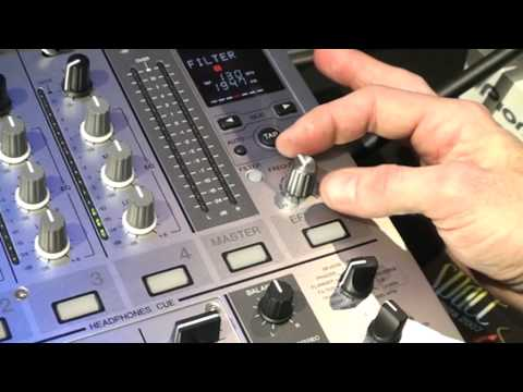 Pioneer DJM 700 DJ Mixer - Demonstration With DJ Tutor