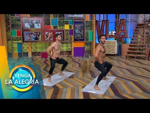 El guapo David Ortega practicó yoga al lado de Alejandro Maldonado. | Venga La Alegría