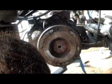 Cambiar embrague y fuelles de transmisión