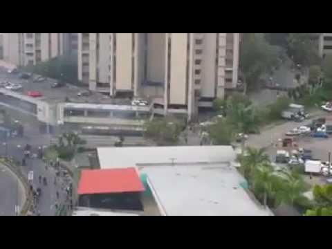 MAS REPRESION DESDE SAN ANTONIO DE LOS ALTOS 22 DE MAYO FUERTE LA COSA