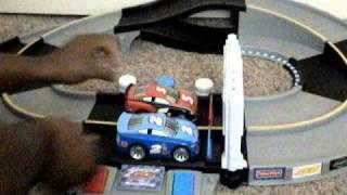Cars Shake /& Go Racers Doc