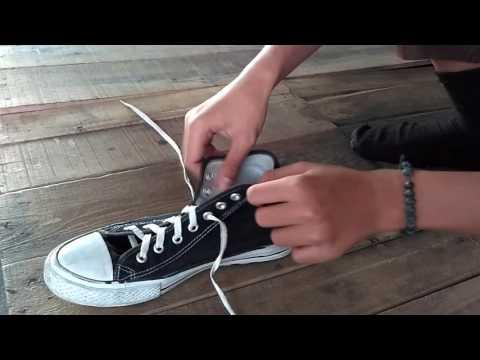 Tutorial Cara Memasang Tali Sepatu