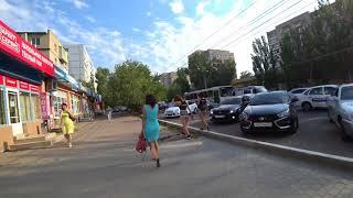Стриптиз на улице Астрахани 2