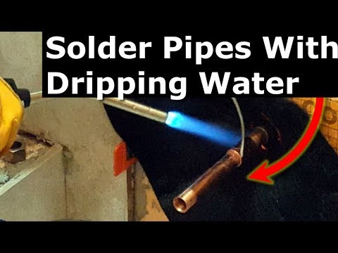 How To Solder Copper Pipes With Water In It: Plumber's Bread Trick DIY