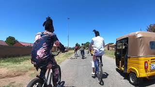Cycle through Soweto with Locals #MeetSouthAfrica