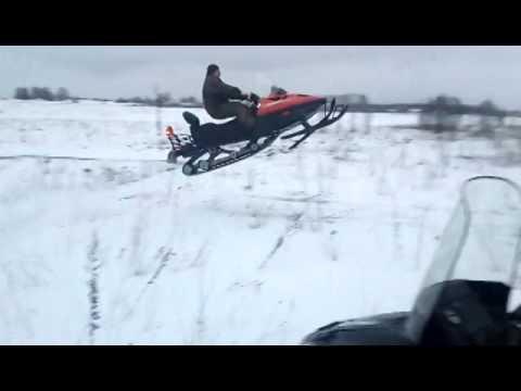 Снегоход тайга 500.Крутой Прыжок.