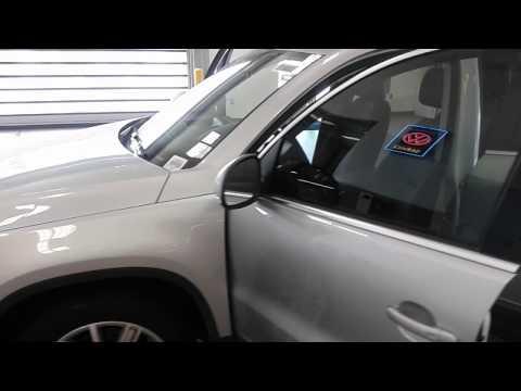 2015 Volkswagen Tiguan SE w/ Appearance