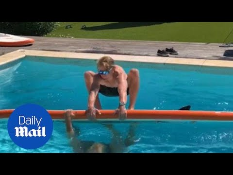 Surfers perform amazing trick in a pool in Saint Tropez - Daily Mail