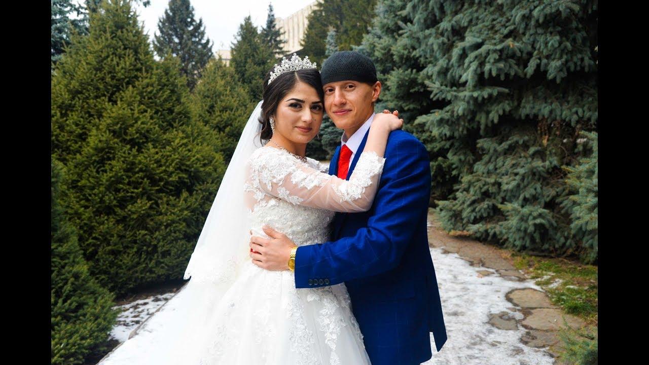Свадьба ахыска турков видео, азиатка трахается красиво на кровати фото