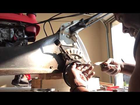 Honda HRR 216 Replace Wheel And Drive Gear Pinion