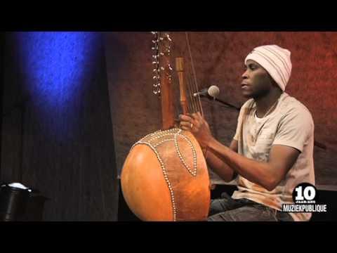10 years Muziekpublique   Mamadou Dramé (kora): 'Marriyamba'