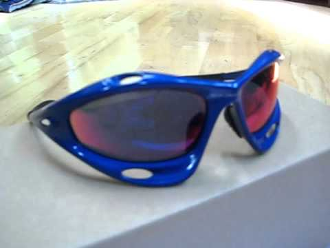 oakley red jacket xj5i  Oakley Racing Jacket, New blue frame with red iridium