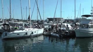 Boats (and Yachts) In Toronto Harbour  (with live band)