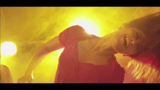Hiphop Tamizha - Club le Mabbu le (Official Music Video).mp3