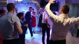 Ведущие с соседней свадьбы оторвали гостей под белые розы 19.08.17