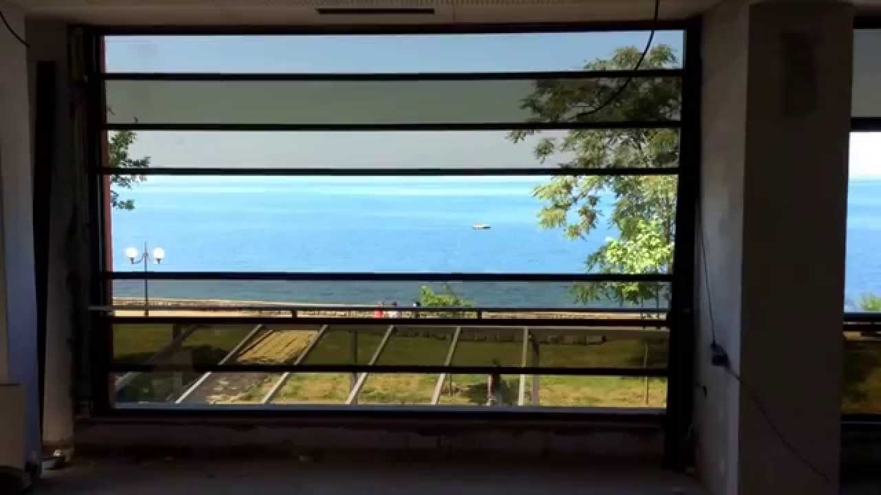 how to clean vertical sliding windows