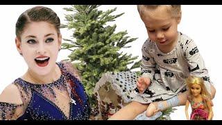 влог Евы и Фло Подарки и пряничный домик с Аленой Косторной чем занять детей в зимние дни