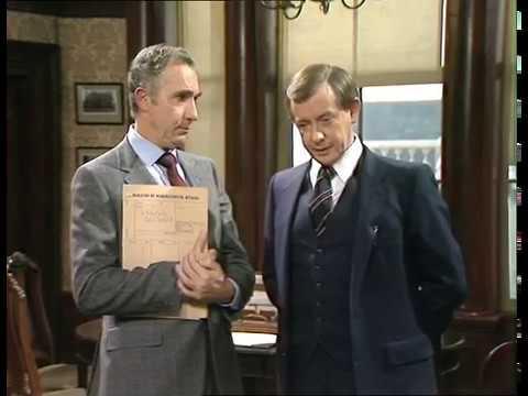 Sir Humphrey explains the role of a civil servant