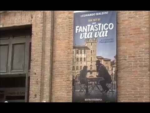 """Pieraccioni inaugura la mostra fotografica di """"Un fantastico via vai"""""""