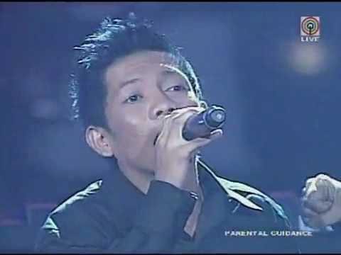 Jovit Baldivino with Sugarfree Band at PGT singing Makita kang Muli last June 13 2010
