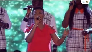 EFE GRACE WORSHIP MEDLEY AT YOUTH IN WORSHIP