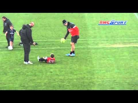 PSG / Les fils de Beckham s'amusent avec Thiago Silva et Ibrahimovic... - 19/04