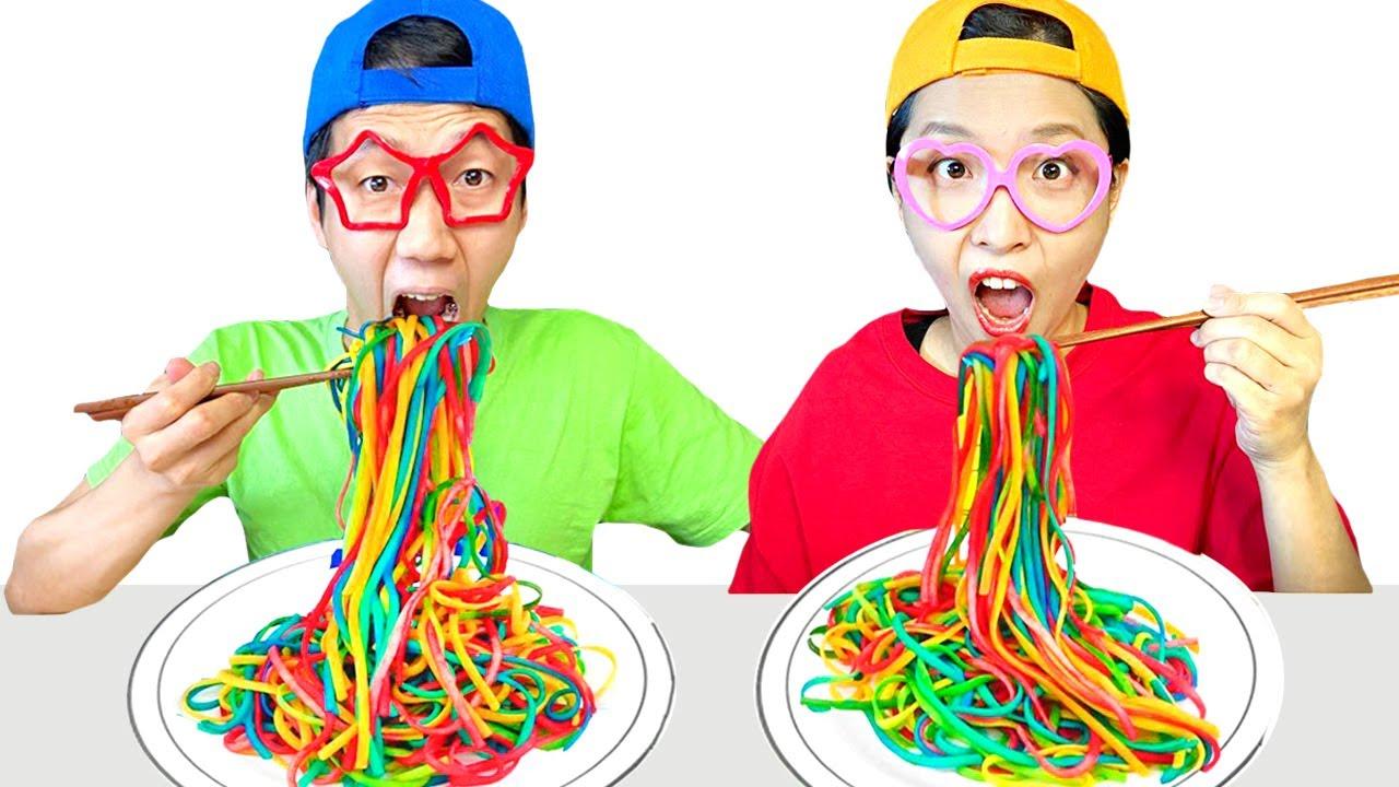 Rainbow Noodles Challenge We want same colored noodles Noodle Mukbang