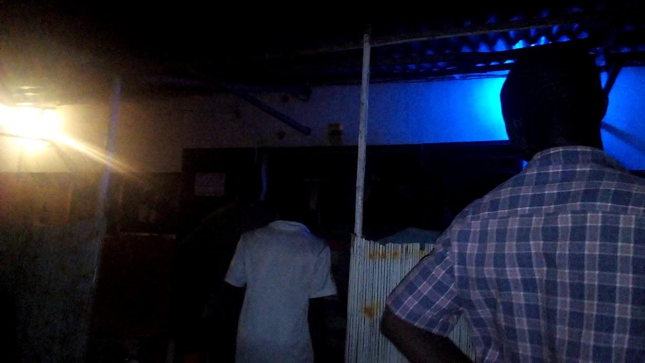 Dans ce bar, malgré la domination du Bénin, un silence total est observé. Trinité Singbo