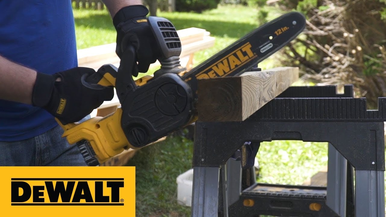 DEWALT 20V MAX* XR® Compact 12 in. Cordless Chainsaw Kit (DCCS620P1)