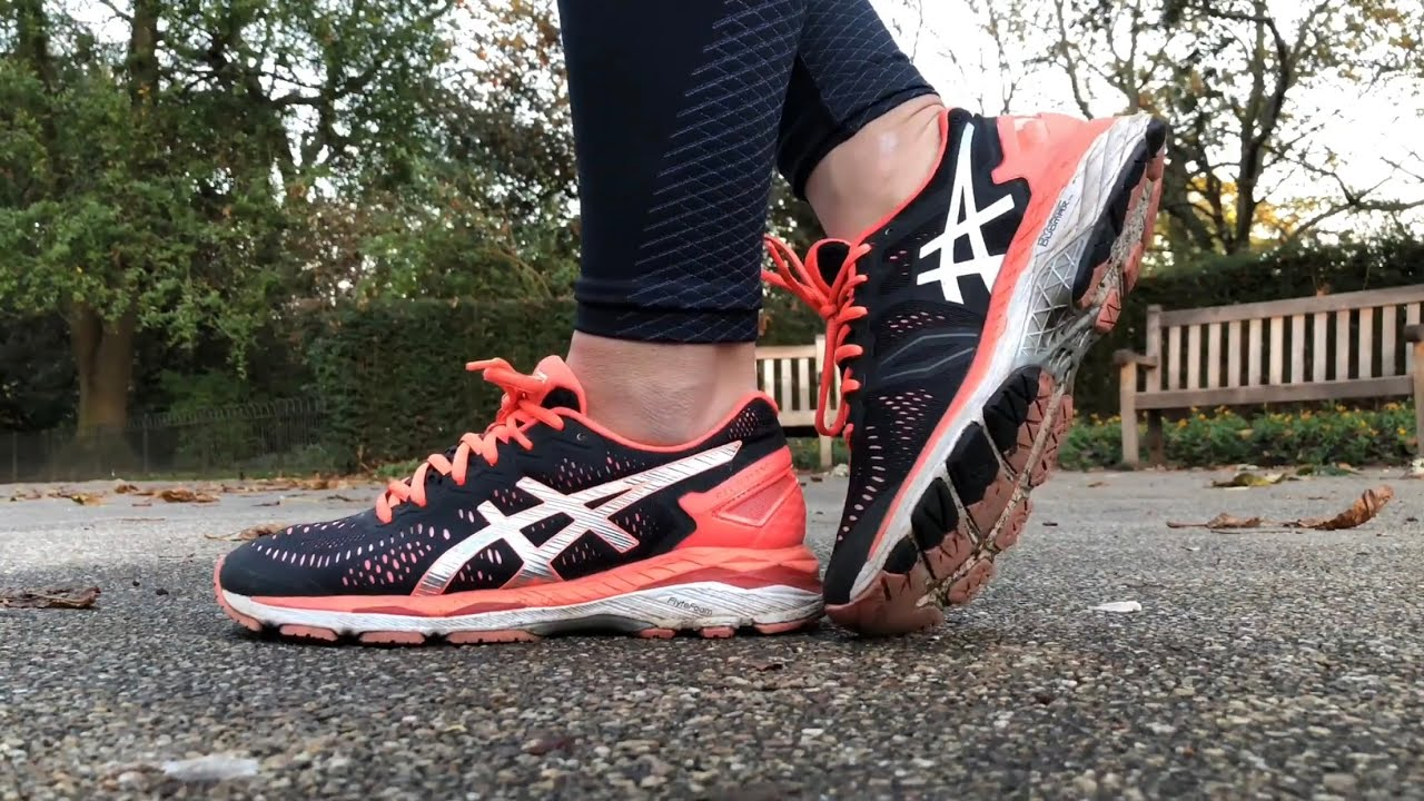 ASICS Gel Kayano (Noir 23/ pour femme (Noir/ YouTube Argent/ Flash Coral) YouTube 2f9d34d - wartrol.website