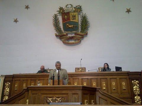 Oscar Yanes: tributo parlamentario