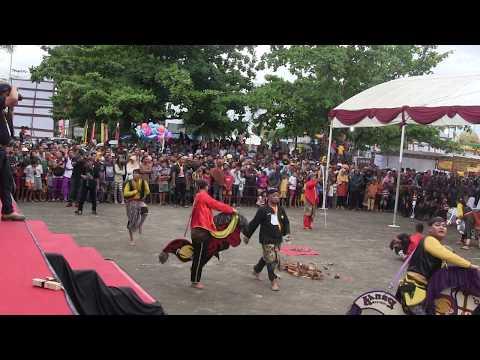 Kuda Kepang Singapura Festival Reog Tanjung Pinang Kepri 2015 - 2/4