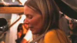 Joni Mitchell - Big Yellow Taxi Live Isle of Wight 1970