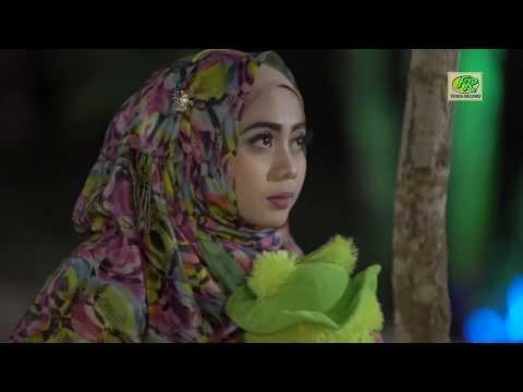 Fatim z  cinta tak harus memiliki