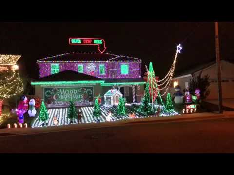 The Christmas House. JuJu on Dat Beat